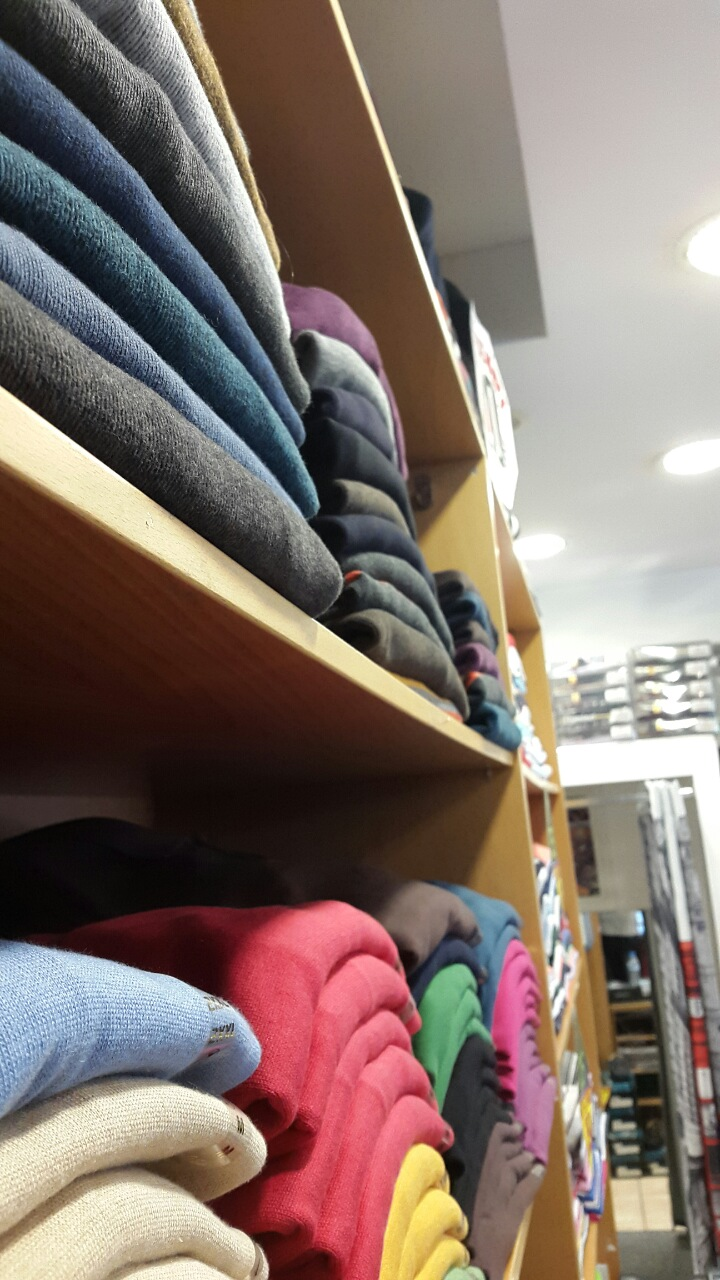 4f8effea504e Ανδρικά - Γυναικεία Ρούχα Ενδύματα Νέα Ερυθραία (ΕΜΠΟΡΙΚΑ ...